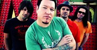 smash-mouth-582540.jpg